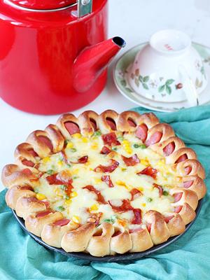 靓丽花边披萨